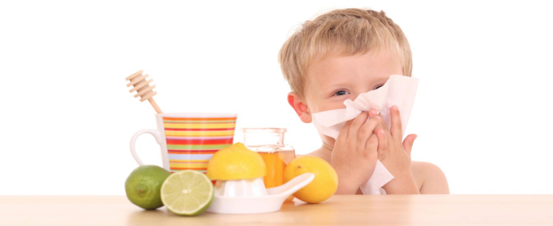 Tosse, raffreddore e mal di gola: ecco come difendersi