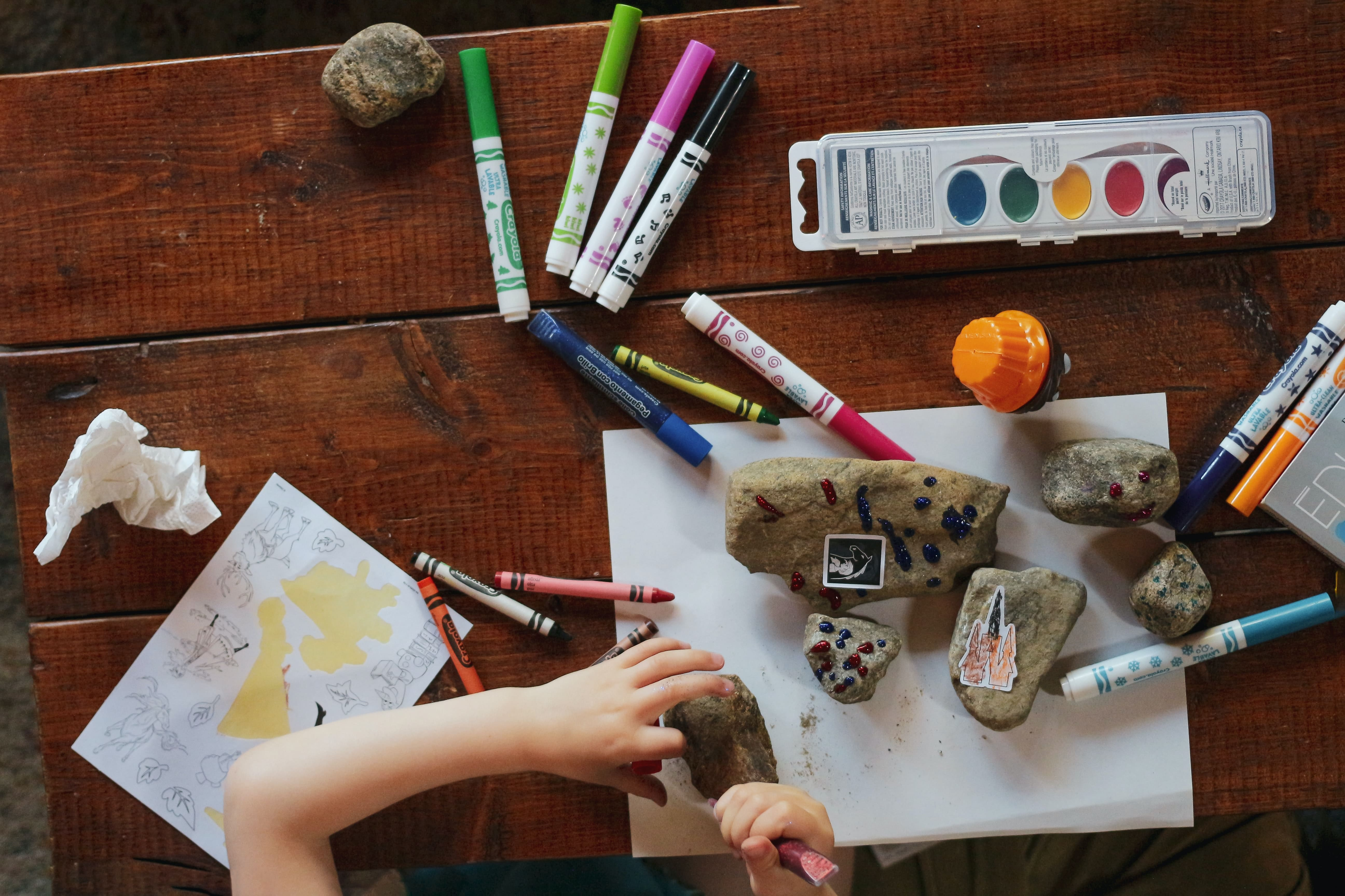(IT) Cosa fare in casa con i bambini: giochi, attività e lavoretti